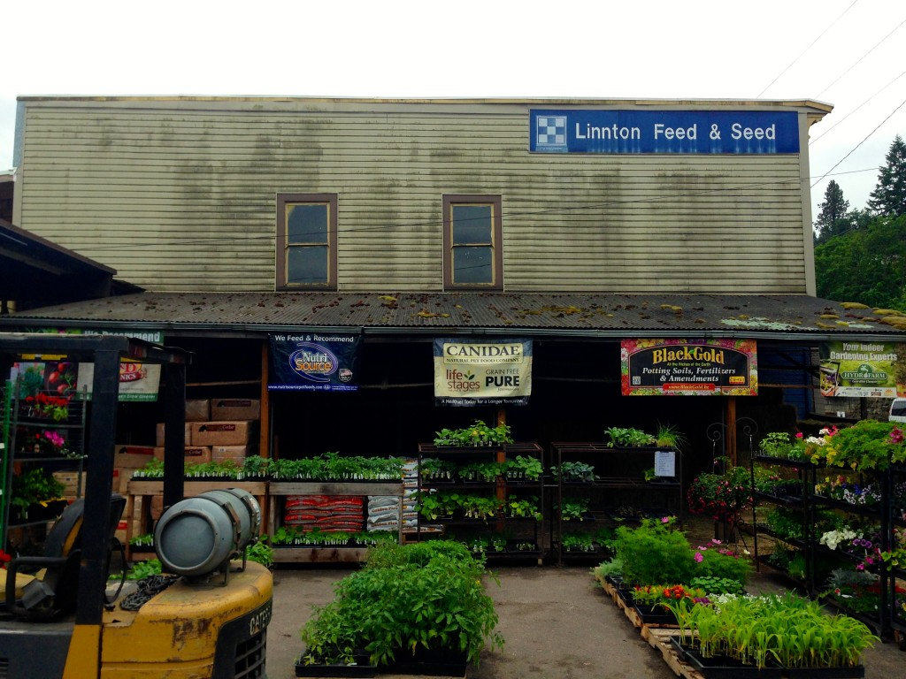 Linton Feed & Seed on Highway 30 north of PDX