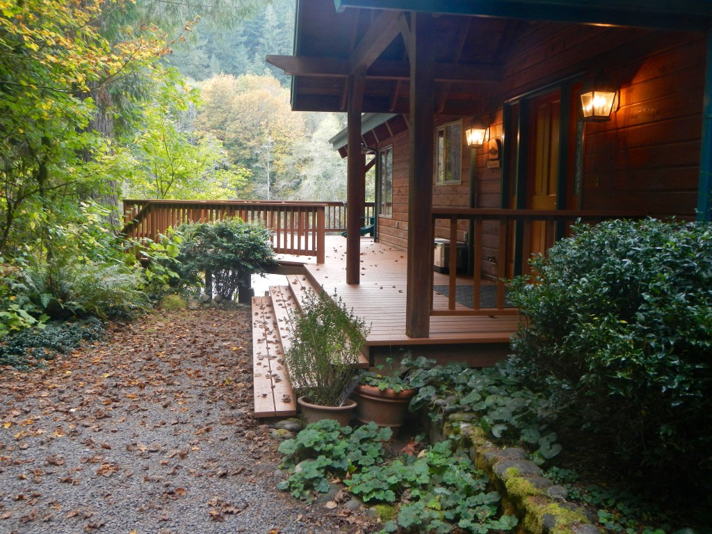McKenzie River Retreat -- front porch and deck.