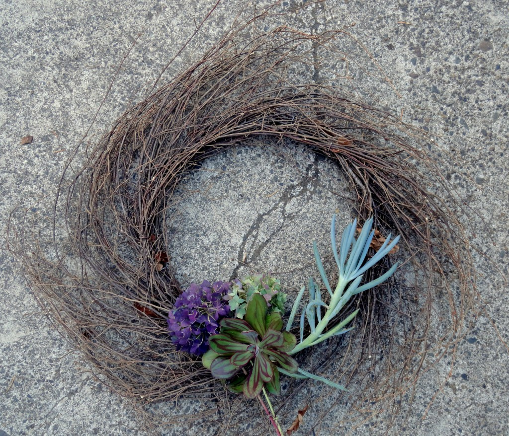 wreath 102
