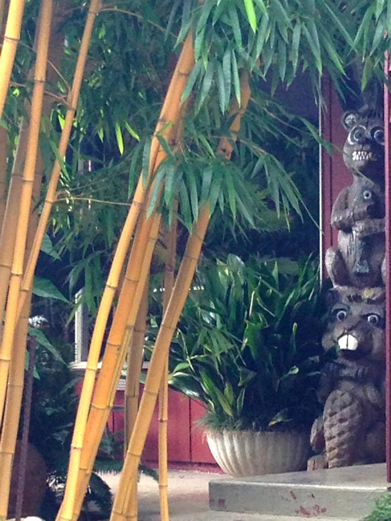 garden 1 front door totem